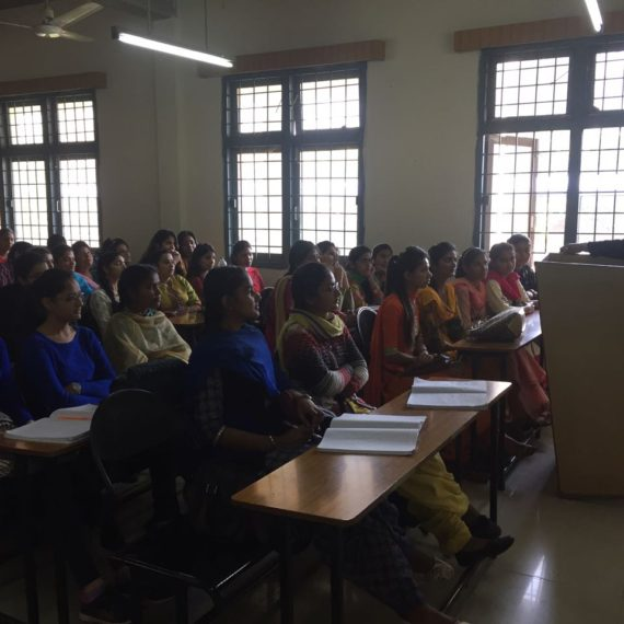 KNC students visit GNDU